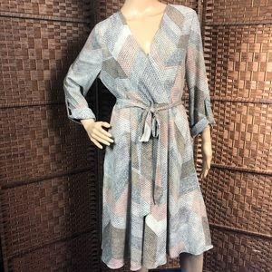 Bobeau Crossover Tab Sleeve Dress NWT Sz Medium
